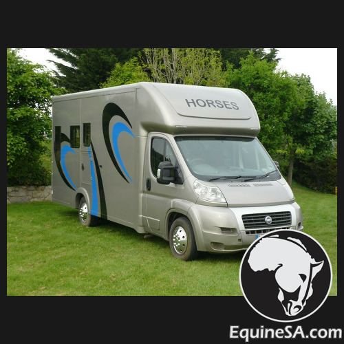 Motorised integral Horsebox